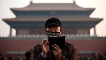 Ventas de teléfonos inteligentes se desploman en China