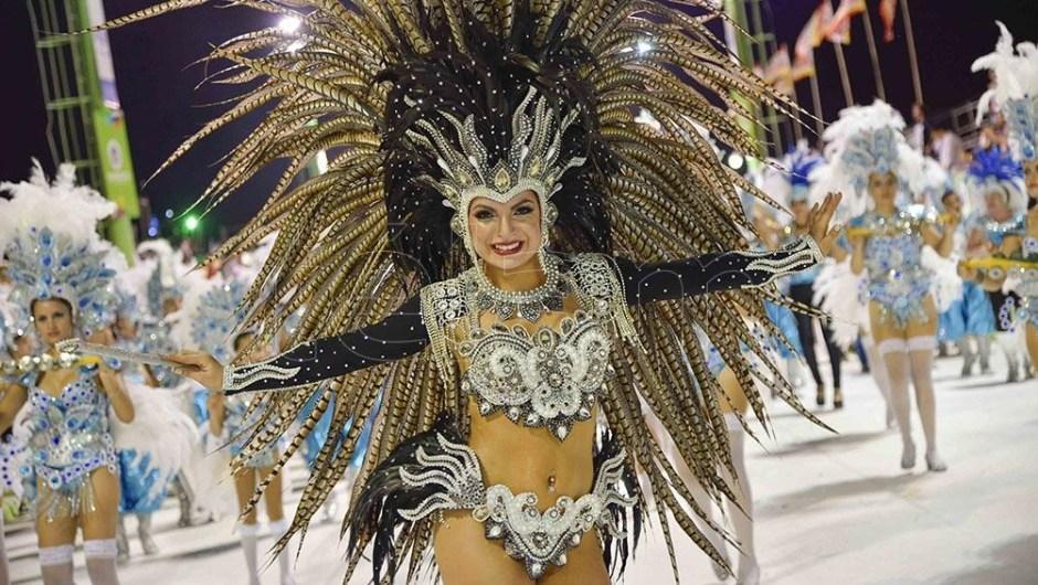 Carnaval: de reinas de la belleza a embajadoras culturales. (Foto de Télam).