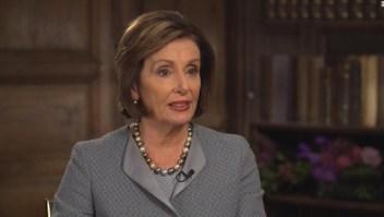 Nancy Pelosi dice que se sentiría cómoda con Bernie Sanders candidato presidencial demócrata
