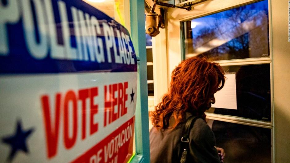 5 cosas para hoy: Demócratas se enfrentan en el supermartes y más