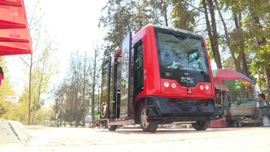Un autobús autónomo ya recorre parte de Santiago
