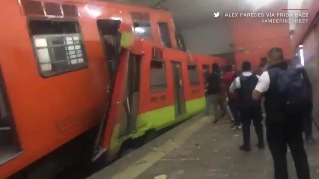 Video capta momentos tras choque de trenes en Tacubaya