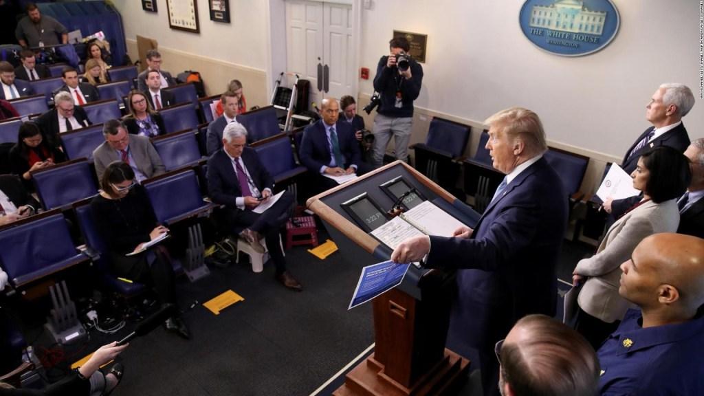 Distanciamiento social llega a la Casa Blanca