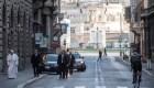 El papa camina por Roma y pide por el fin de la pandemia