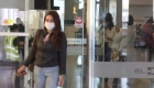 Colombia niega entrada a extranjeros y deja viajeros varados