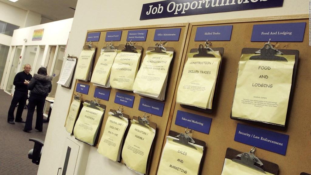 Algunas empresas anuncian contrataciones masivas