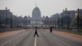 Toda la población de la India bajo cierre total por covid-19