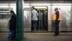 50 empleados del metro de nueva York mueren por covid-19