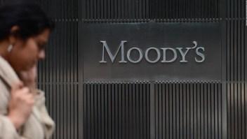 Moody's recorta calificación crediticia de México