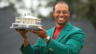 Tiger Woods revive el Masters de Augusta, en pausa por covid-19