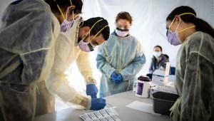 ¿Cómo se expande el coronavirus en un restaurante?