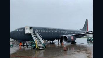 280 mexicanos regresan de Argentina en aviones militares
