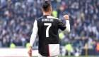 Cristiano Ronaldo enseña a su hijo su famoso grito de gol