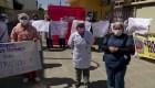 Bolivia: médicos y enfermeras protestan por falta de insumos