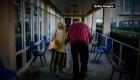 Adultos mayores presentan síntomas poco comunes de covid-19