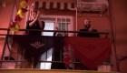 Sevilla celebra la Feria de Abril desde los balcones