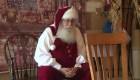 Santa Claus hace videollamadas con los niños de EE.UU.