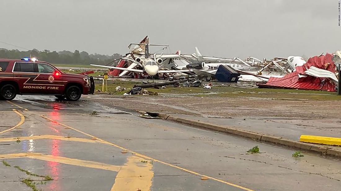 Tornados sur EE.UU. daños catastróficos