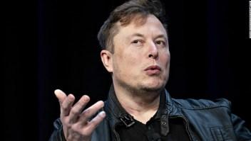 """Elon Musk critica las órdenes de quedarse en casa del coronavirus, calificándolas de """"fascistas"""""""