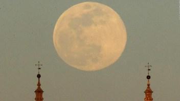 Llega la última superluna del año