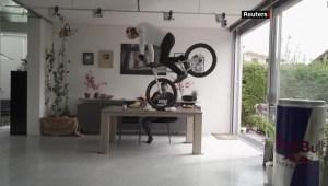 Cuarentena: atleta crea circuito de mountain bike en casa