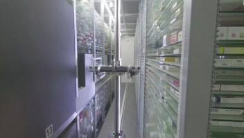 Una farmacia de Egipto suma a un robot asistente