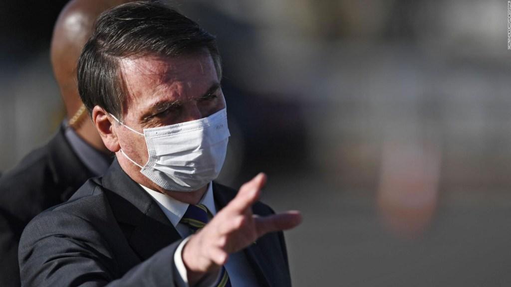 Bolsonaro critica cuarentenas, mientras crecen víctimas