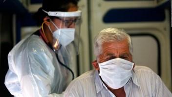 """Dr. Patricio Meza """"Como Colegio Médico de Chile estamos muy preocupados por la situación"""""""