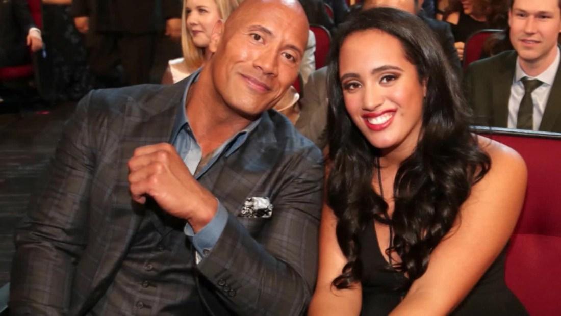"""Lucha libre: hija de """"The Rock"""" seguirá el legado de su padre"""