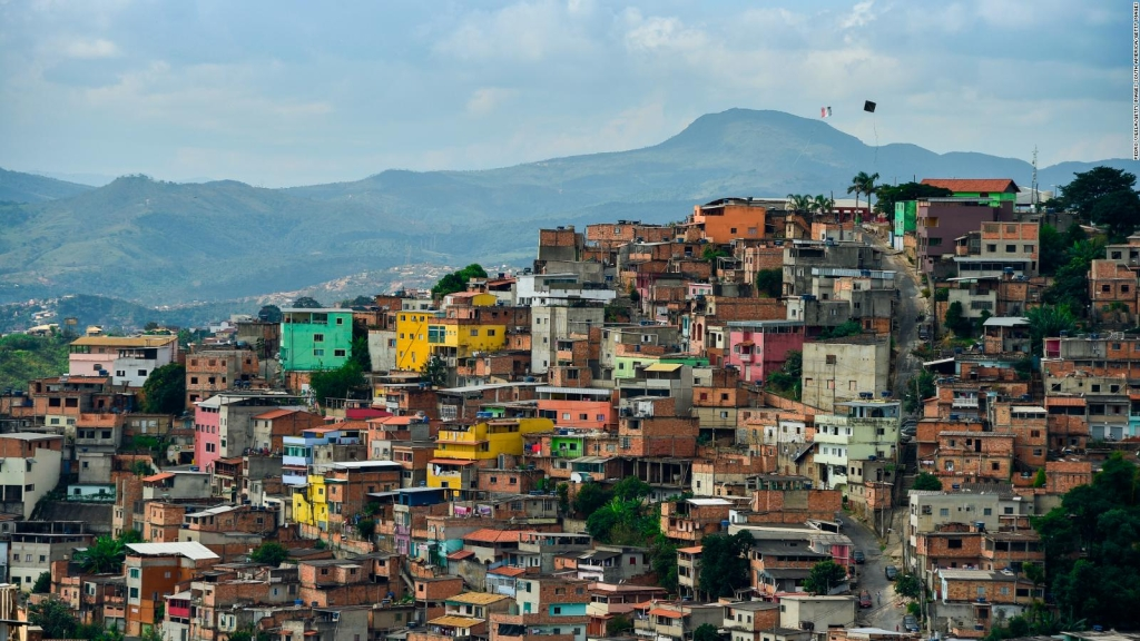 América Latina supera a Europa y EE.UU. en casos de covid-19
