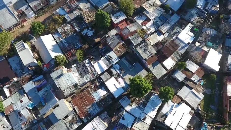 Villa Azul, donde se sufre la pandemia y la falta de servicios