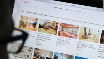 Airbnb despide al 25% de sus empleados