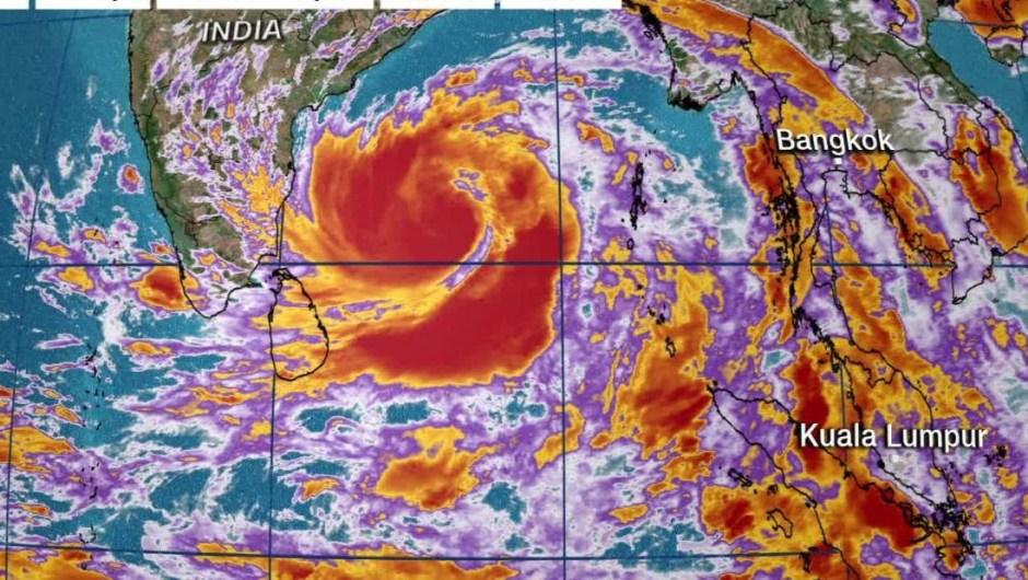 India y Bangladesh ya están sufriendo el coronavirus. Ahora un supertifón se dirige hacia ellos