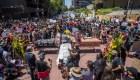 Grupos religiosos se unen a procesión por George Floyd