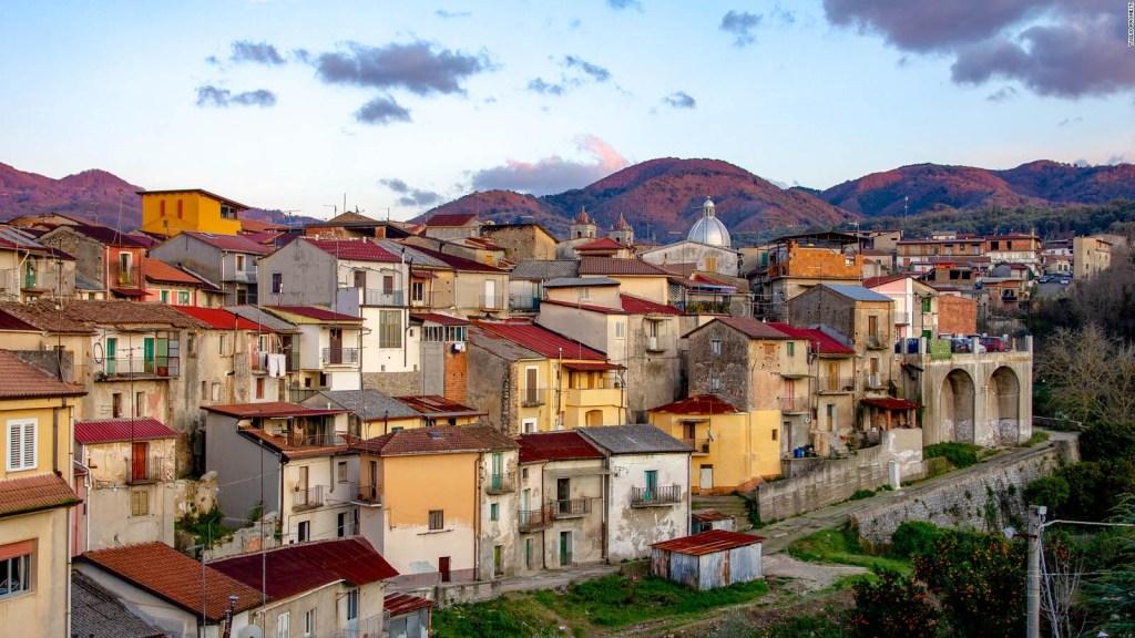 Italia: casas por un poco más de un dólar en pueblos sin coronavirus