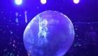 Cantantes dentro de burbujas: ¿Los recitales del futuro?
