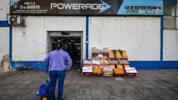 Comerciantes de Buenos Aires luchan para no perder su negocio
