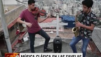 Música gratis en una favela y un museo colecciona objetos de las protestas en EE.UU.