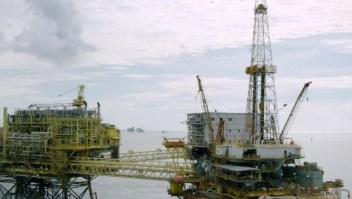AMLO dice que podría venderle gasolina a Venezuela