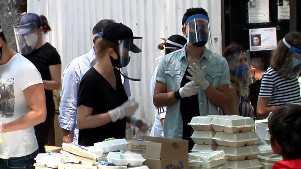 Donan miles de comidas por la pandemia, pero faltan más