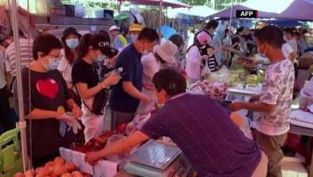 Regresa el confinamiento por brote de covid-19 en Beijing