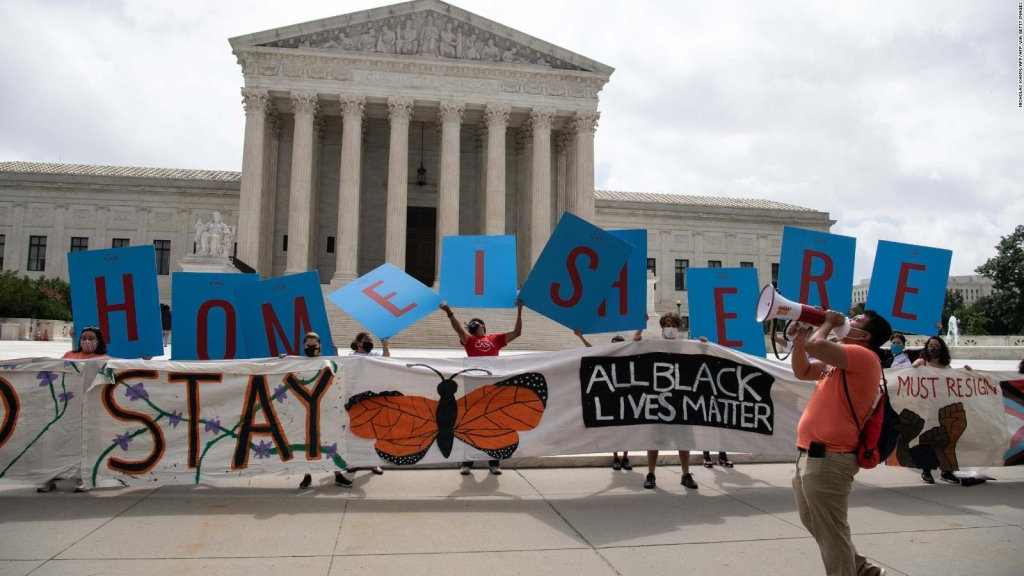 Corte Suprema de EE.UU. decide mantener DACA