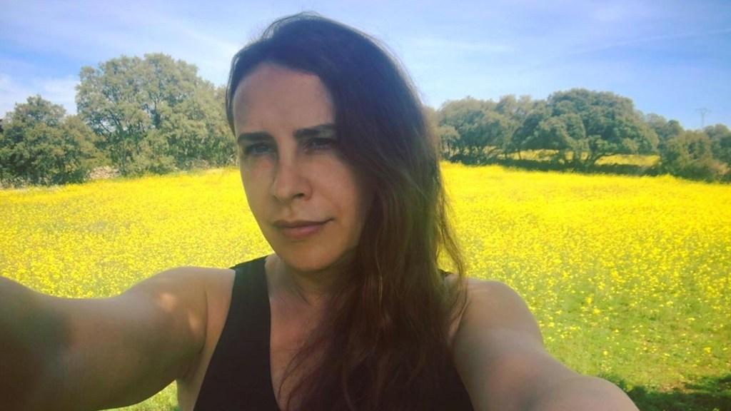 La actriz transgénero Karla Sofía Gascón habla sobre su primera visita al endocrinólogo