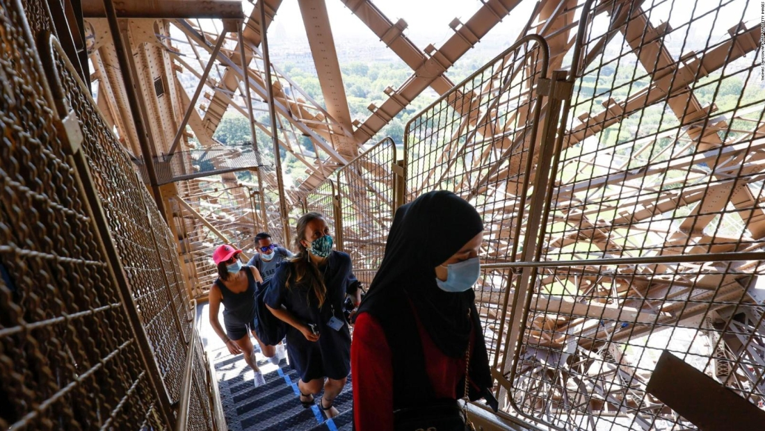 Reabre la torre Eiffel pero sin ascensores