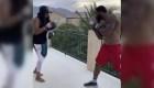 ¡A este boxeador profesional lo entrena su mamá!