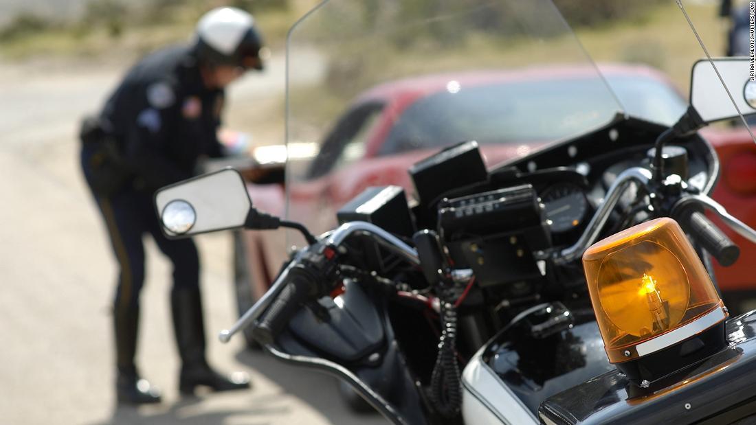 Me están deteniendo - Siri - iPhone - policía