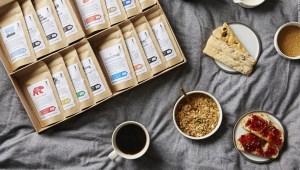 Los bebedores de café buscan suscripciones y granos de gama alta en medio de la pandemia