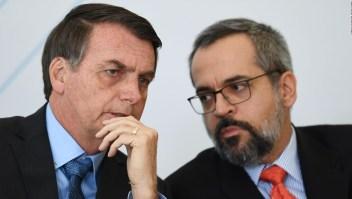 5 cosas: Bolsonaro veta ley para indígenas