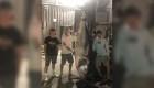 Adolescentes atrapan un raro atún de 300 kilos