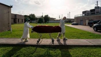 San Antonio, Texas, registra saturación en funerarias